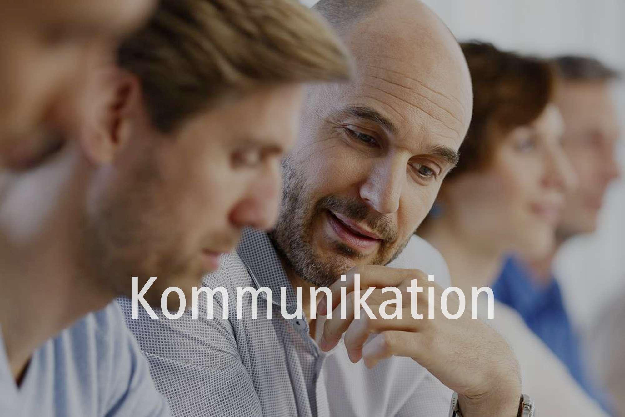 Unternehmen kommunizieren